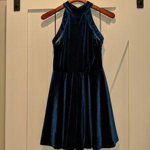 NWT Silence & noise urban outfitters velvet dress